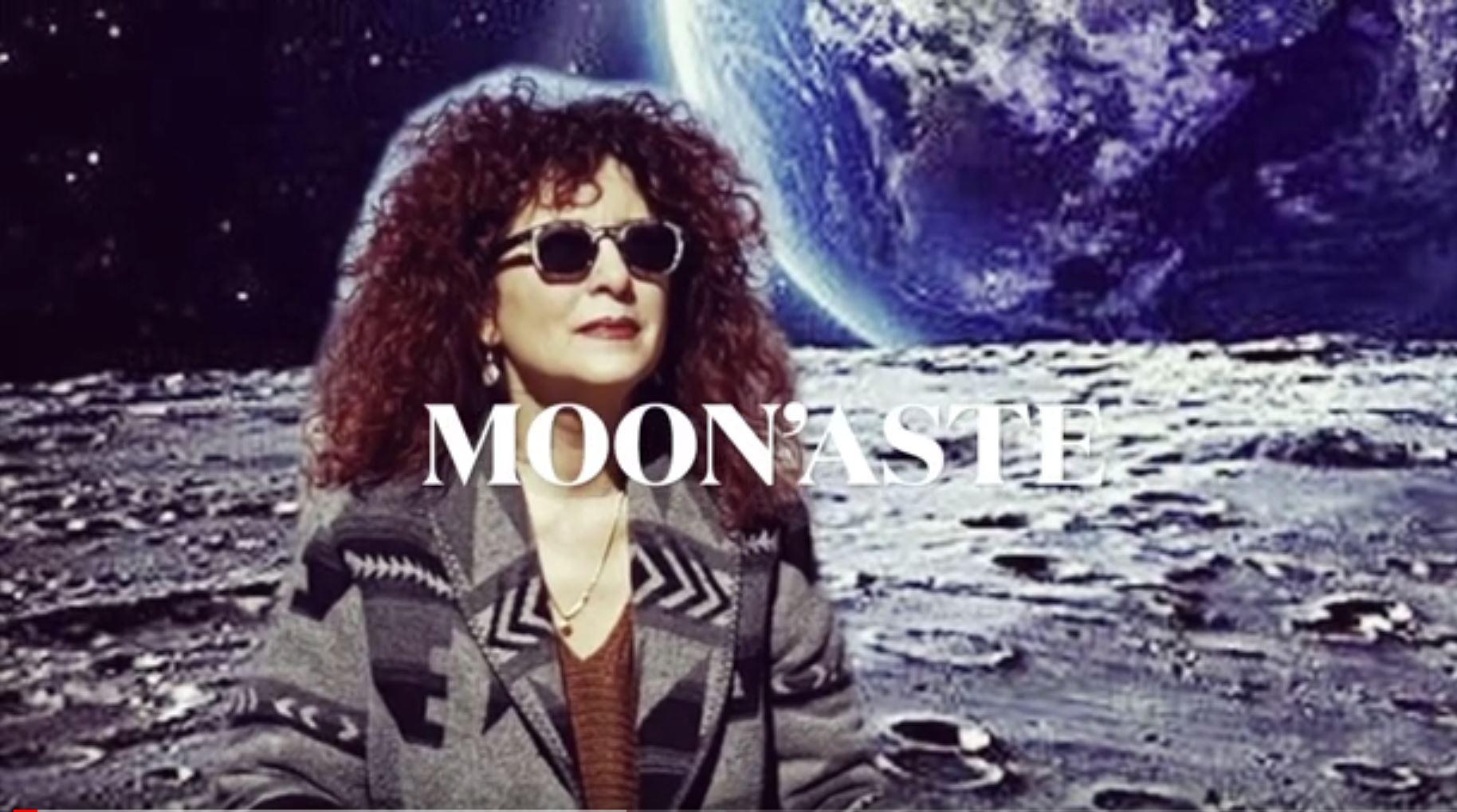 Moon'aste